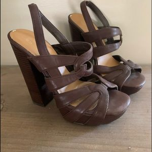 🌸 Zodiac brown leather stacked heel shoes 7